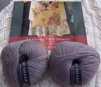 Knitting-luxuries