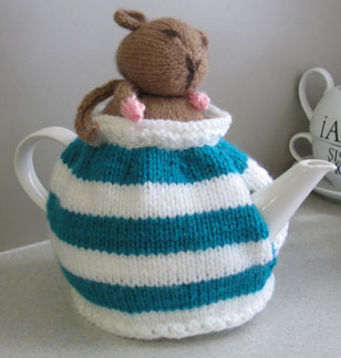 Book-club-tea-cosy