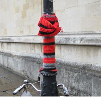 Yarn-bombing-1
